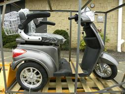 Adult electric mobility scooter, motor scooter, medical scoo