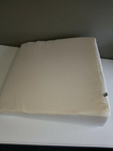 "Healthex Wedge Pillow 24""x24""x10"""
